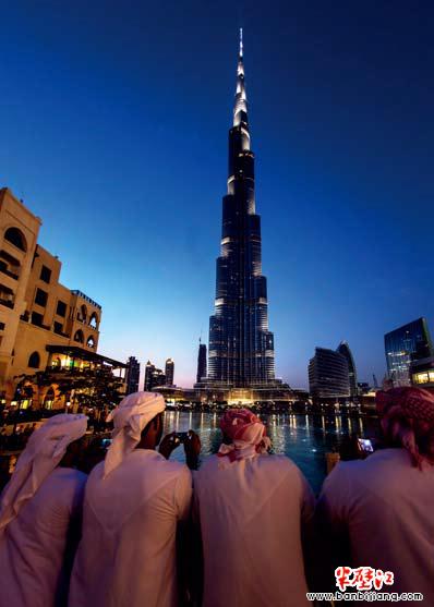 迪拜:沙漠中的奇迹之城