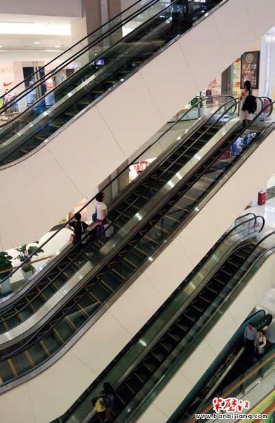 华联万柳购物中心:中关村的购物后花园